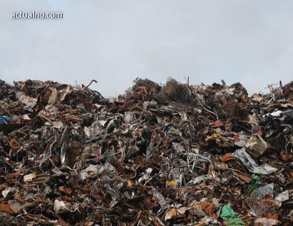 photo of Бедствено положение заради боклука в Пазарджик, извозват го на новото депо