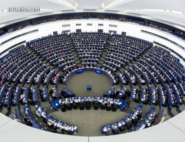 photo of ЕП настоява за по-силна киберотбрана в ЕС и по-тесни връзки с НАТО