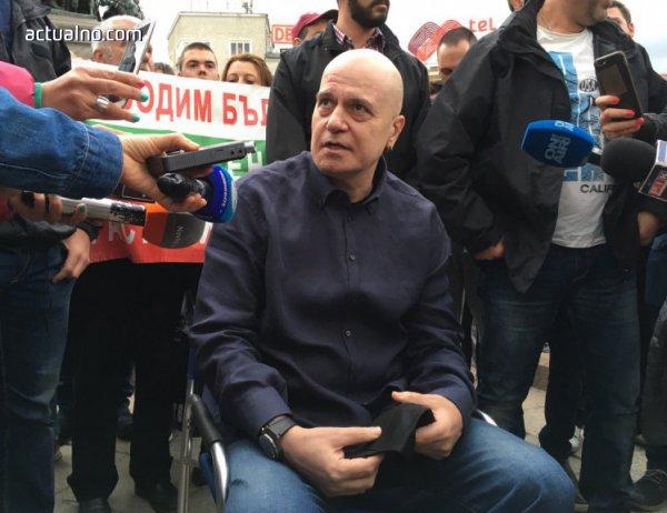 photo of Решението на съда за референдума на Слави вече няма значение