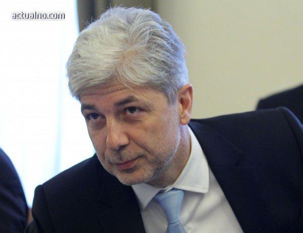 photo of Екоминистърът: Мислил съм, че за да си предприемач, трябва да знаеш телефона на Бойко Борисов