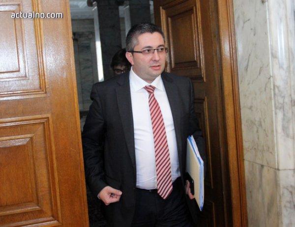 photo of Нанков: Ако срокът за оферти за ТОЛ системата е кратък, ще го удължим отново