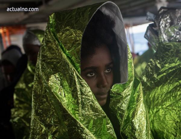 photo of Европа ще приеме 10 000 бежанци от Африка