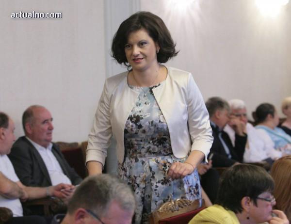 photo of Дариткова: Където има достатъчно легла, няма да се откриват нови болници