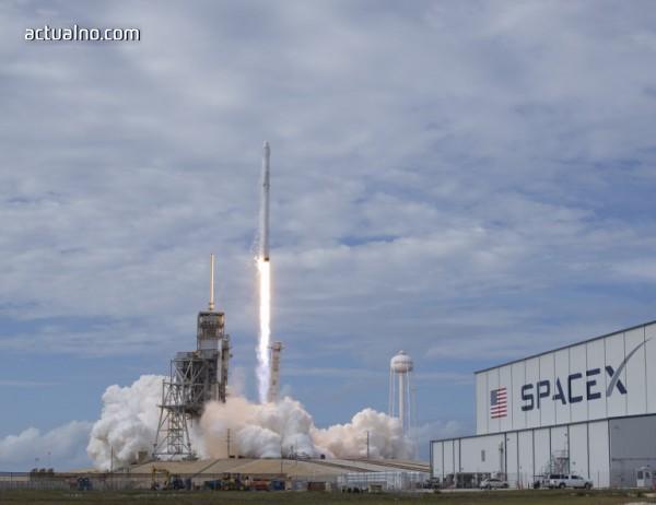 photo of SpaceX изстреля успешно секретен спътник