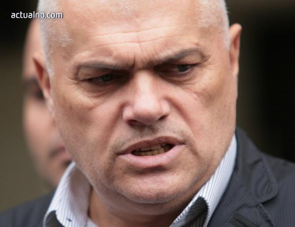 photo of Министърът се надява похитителите на Адриан Златков скоро да бъдат заловени