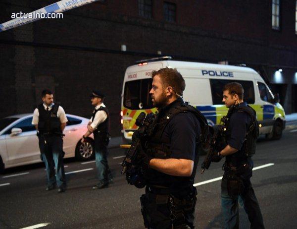 photo of Няма информация за пострадали българи при нападението пред джамия в Лондон