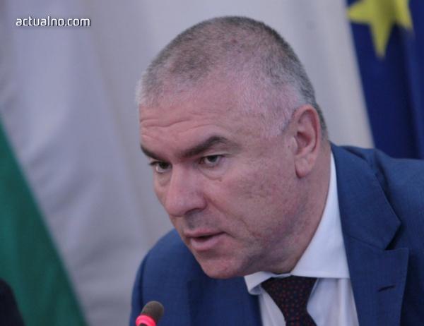 photo of Марешки смята, че Делян Пеевски е подкрепа на управлението на ГЕРБ с патриотите