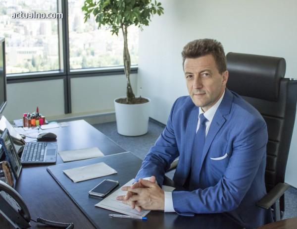 photo of Българите държат над 70 млрд. лева в банките