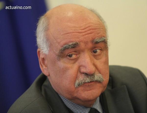 photo of Здравната комисия подкрепи предсрочното прекратяване мандата на проф. Камен Плочев