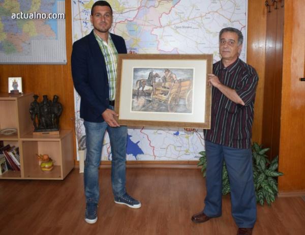 """photo of Читалище """"Елин Пелин"""" получи подарък от общината"""
