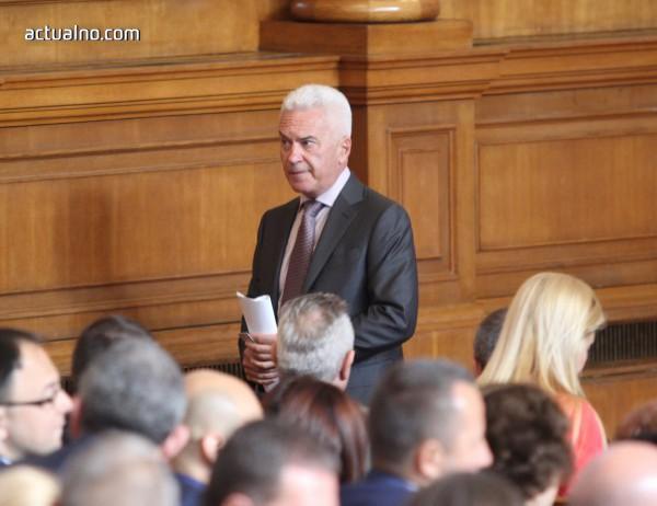 photo of Сидеров щял да подготви законова промяна заради ЧЕЗ