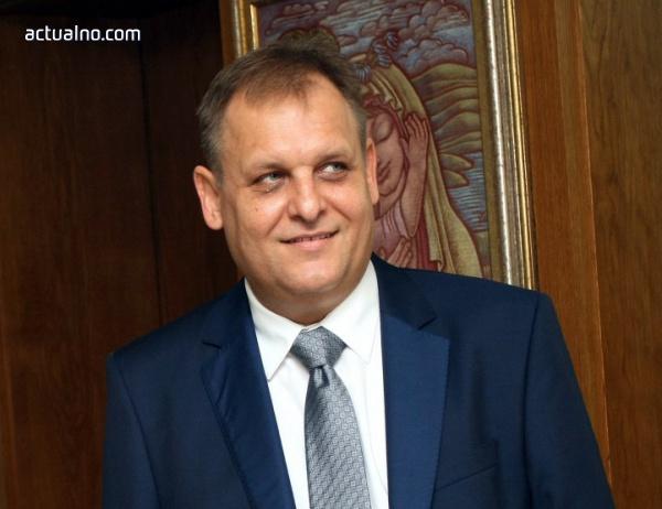 photo of ВСС официално предложи Чолаков за председател на ВАС