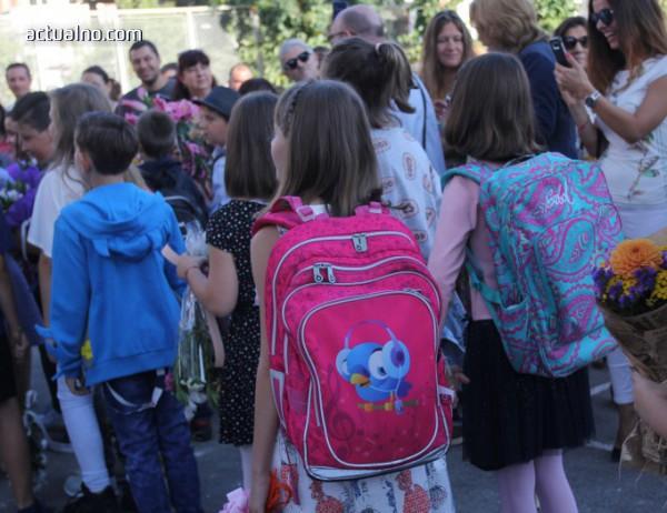photo of Тревожен феномен - много българчета масово растат без родители