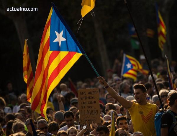 photo of Испанските власти иззеха 2,5 млн. бюлетини и 100 урни за референдума в Каталуния