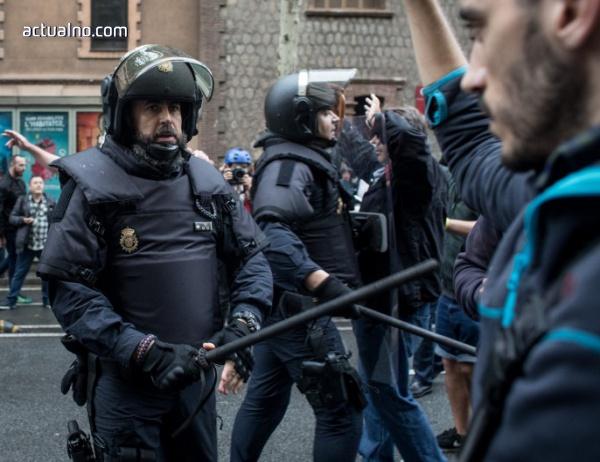 photo of HRW: Испанската полиция е използвала прекомерна сила в Каталуния