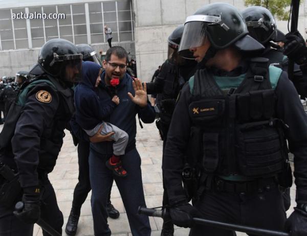 """photo of Мадрид ще санкционира каталунската полиция заради """"бездействие"""""""
