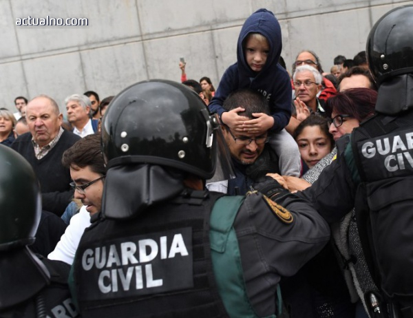 photo of Каталуния подаде жалба срещу полицейското насилие на референдума