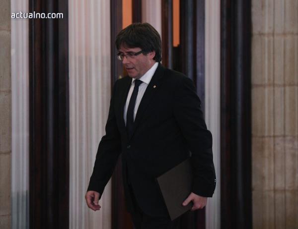 photo of Държавниците на Каталуния подписаха декларация за независимост, чакат диалог