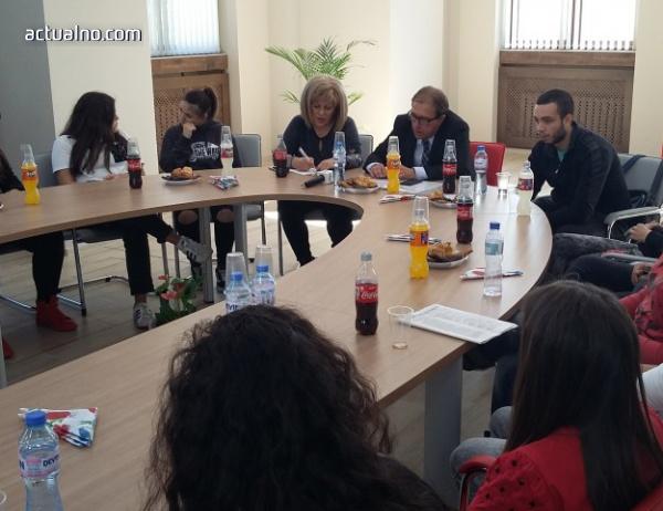 photo of На среща с кмета младежи поискаха велоалеи в Асенoвград