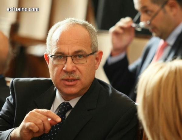 photo of От ГЕРБ не потвърждават, че Антон Тодоров започва работа в пресцентъра на партията