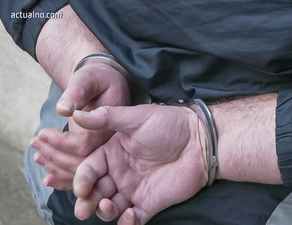 photo of Задържаха петима мъже за телефонни измами