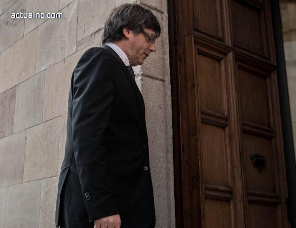 photo of Пучдемон няма да се връща в Испания