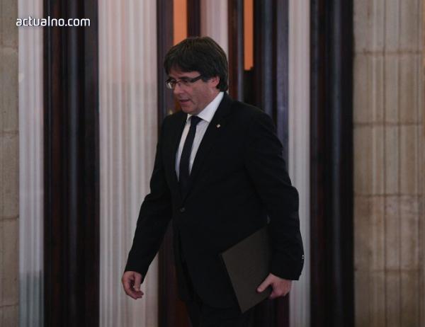 """photo of Пучдемон се провъзгласи за """"президент в изгнание"""""""