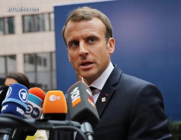 photo of Макрон не посмя да коментира състава правителството в Австрия