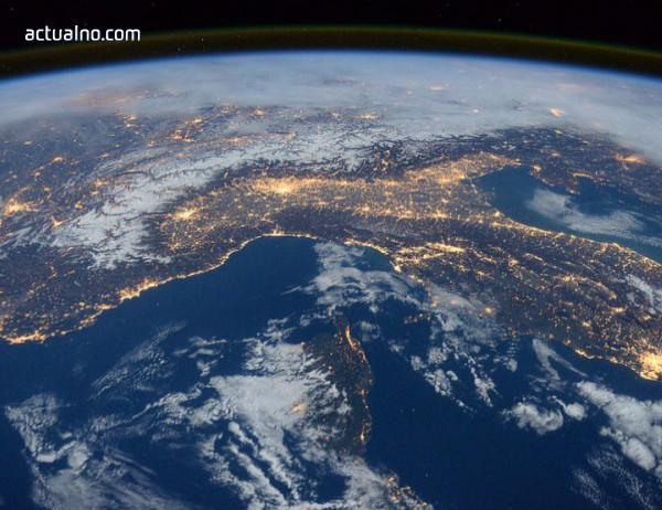 """photo of """"Космически интернет"""". Що е то?"""