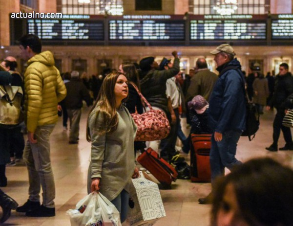 photo of В Хюстън затвориха летищен терминал заради подозрителна чанта, хиляди полети в САЩ бяха спрени
