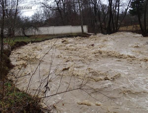 photo of Бури донесоха извънредно положение в Сърбия