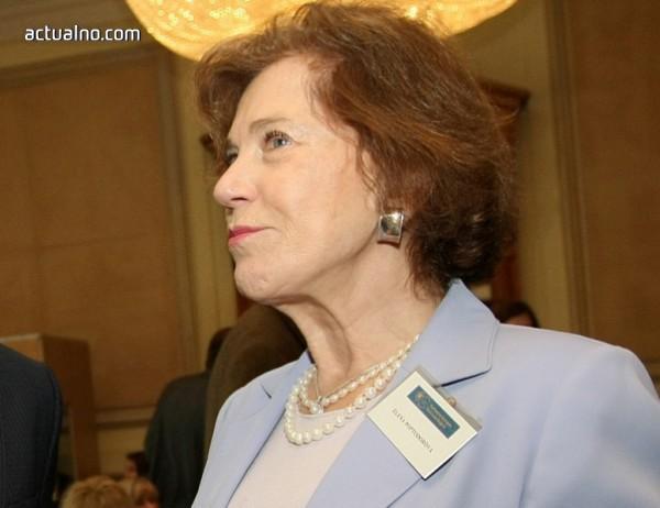 photo of Поптодорова: Случилото се в Сирия беше разговор с Путин