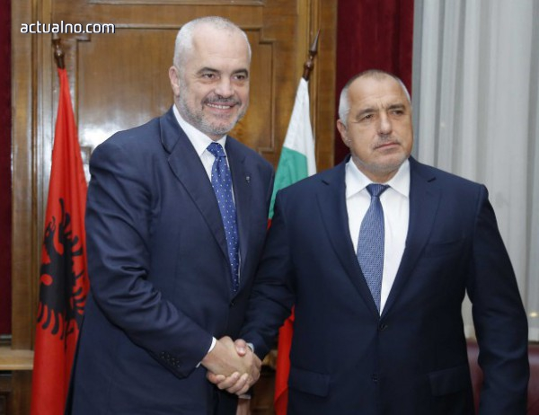 photo of Еди Рама: Време е Албания и Македония да започнат своите преговори