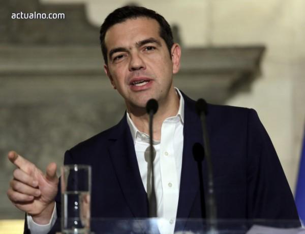 photo of Ципрас призова църквата да се въздържа по спора с Македония