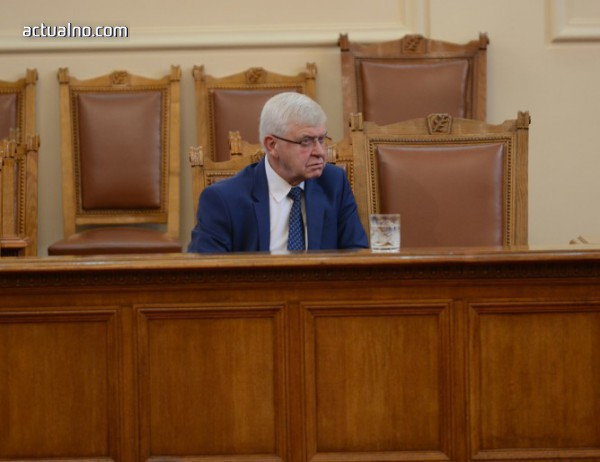 photo of Специализирана комисия ще одобрява новите лекарства за онкоболни
