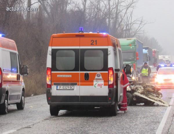 photo of Мъж загина след удар в стълб в Каварна