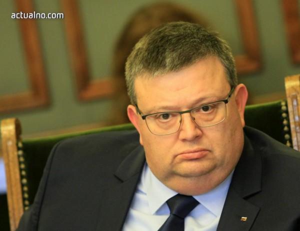 photo of Цацаров: Имаме подозрения кой е поръчителят за отвличането на Адриан Златков
