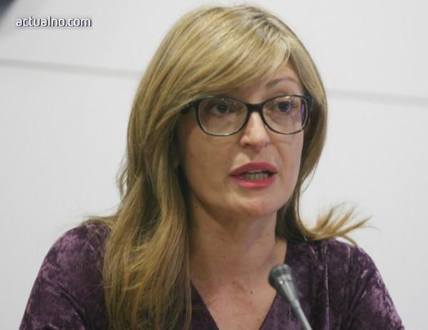 photo of Захариева: Спорът за името е двустранен въпрос, Македония и Гърция да се разберат