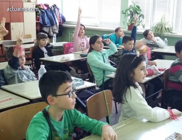 photo of ВМРО иска наказателна отговорност за родители, които умишлено спират децата си от училище
