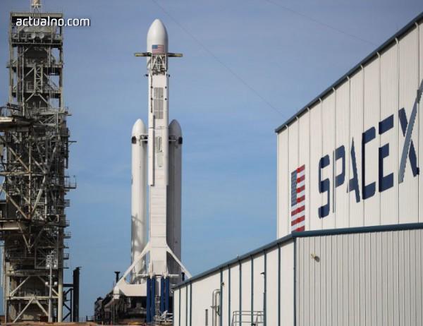 photo of Неофициално: SpaceX търсят заем от половин милиард долара
