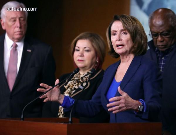 photo of Лидер на демократите говори над 8 часа в защита на младите нелегални мигранти
