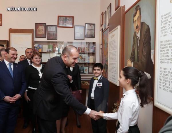 photo of Радев: Искрата на приятелството, която Яворов запали между българи и арменци, гори и днес