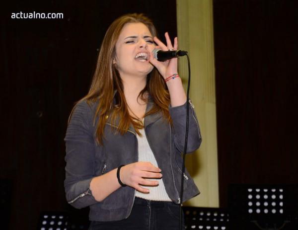 """photo of Първо място за Елизабет Страхилова в концерт-конкурса """"Песен за Свети Валентин"""""""