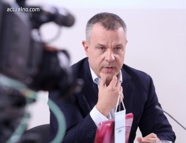 photo of СЕМ ще мисли още дали да накаже БНТ заради Кошлуков