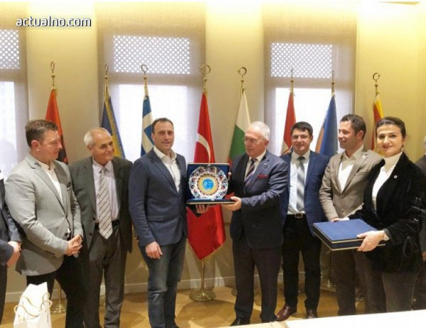 photo of Кметът на Банско на официално посещение в Бурса