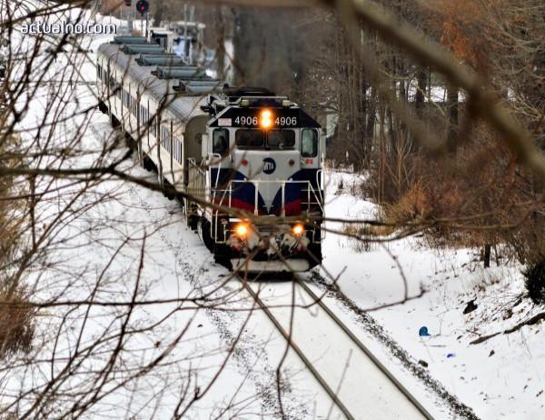 photo of Влакът София – Бургас е закъсал в полето край Айтос*