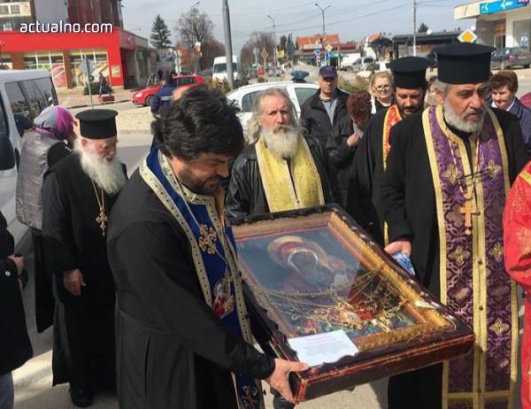 photo of Чудотворната икона на Богородица и днес остава в град Елин Пелин
