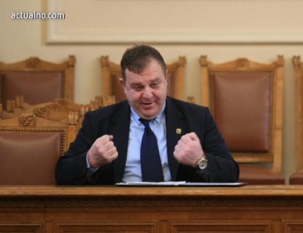 """photo of """"Икономистът"""" Каракачанов измисли плановата икономика"""