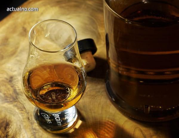 """photo of Наистина ли алкохолът """"прочиства"""" мозъка?"""