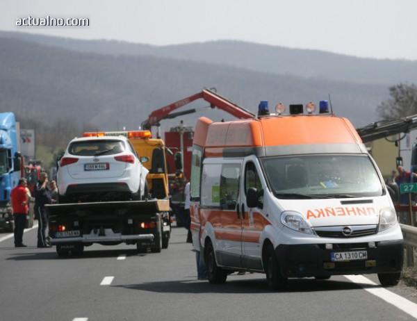 photo of Шофьорката, предизвикала катастрофата край Вакарел, остава в ареста